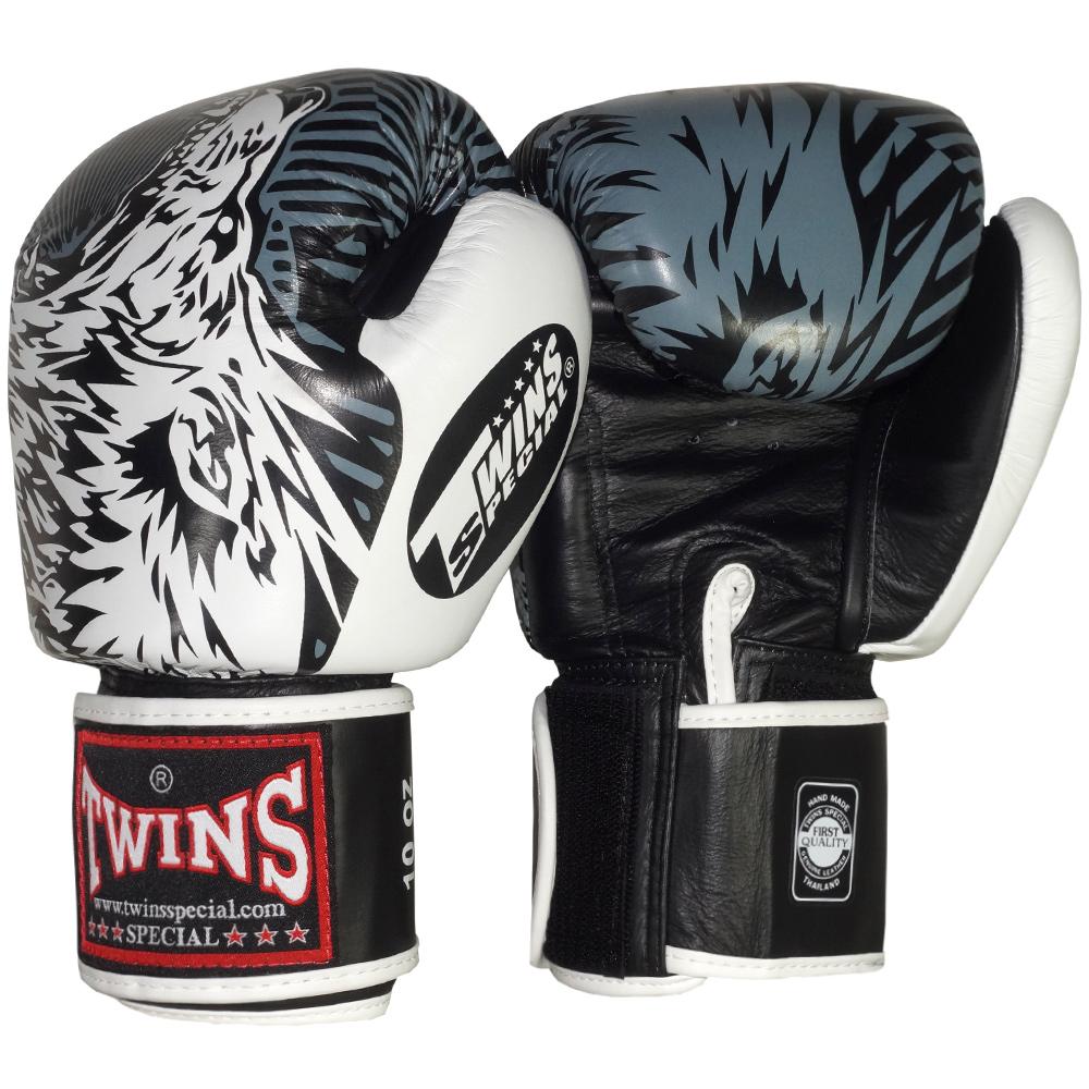 Боксерские Перчатки Twins FBGV-50 Wolf White