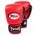 Боксерские перчаткиTWINS BGVL-3T Red-Black